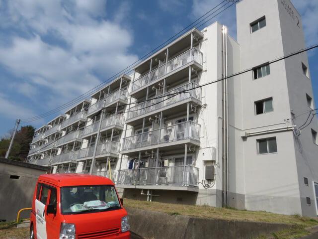 ビレッジハウス高津2号棟 205号室の外観写真